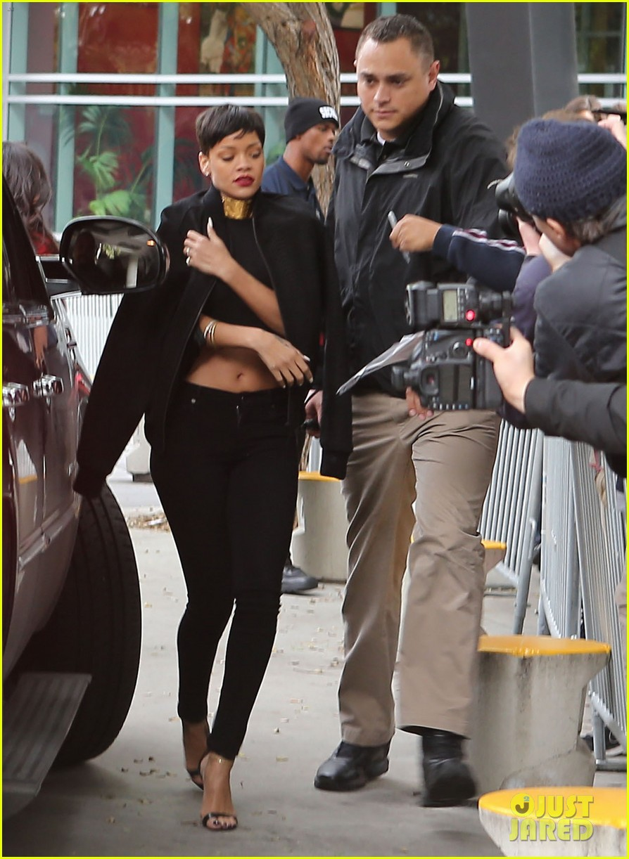 chris brown rihanna christmas pic 062780942