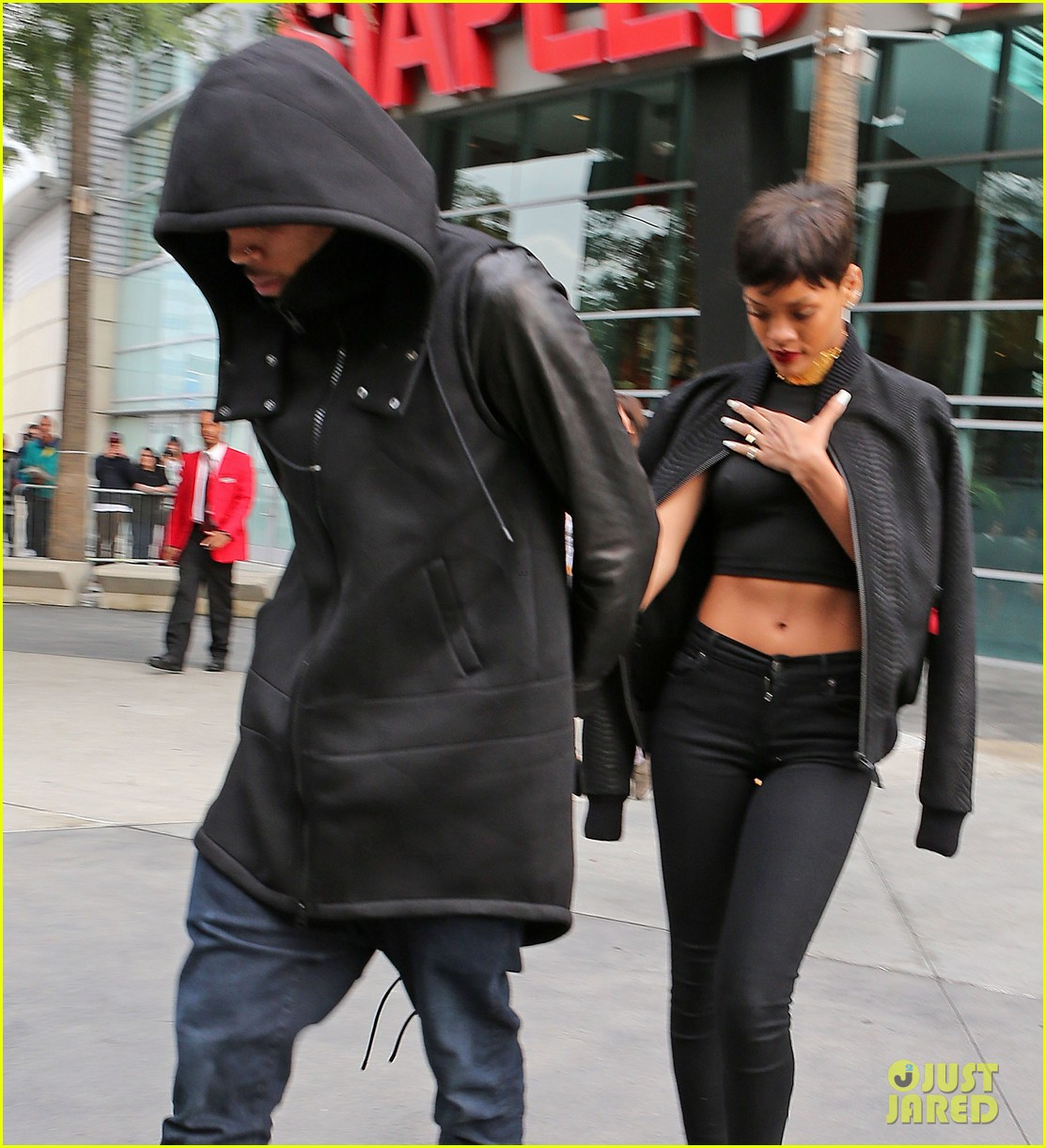 chris brown rihanna christmas pic 092780945