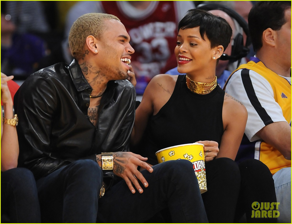 rihanna chris brown lakers christmas 062780928