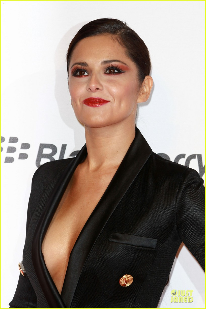 cheryl cole jingle bell ball attendee 042772578
