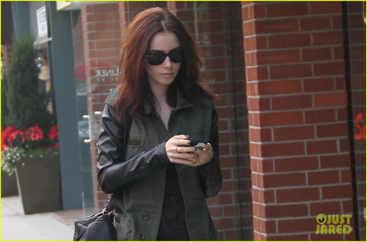 lily collins beverly hills holiday shopping 03