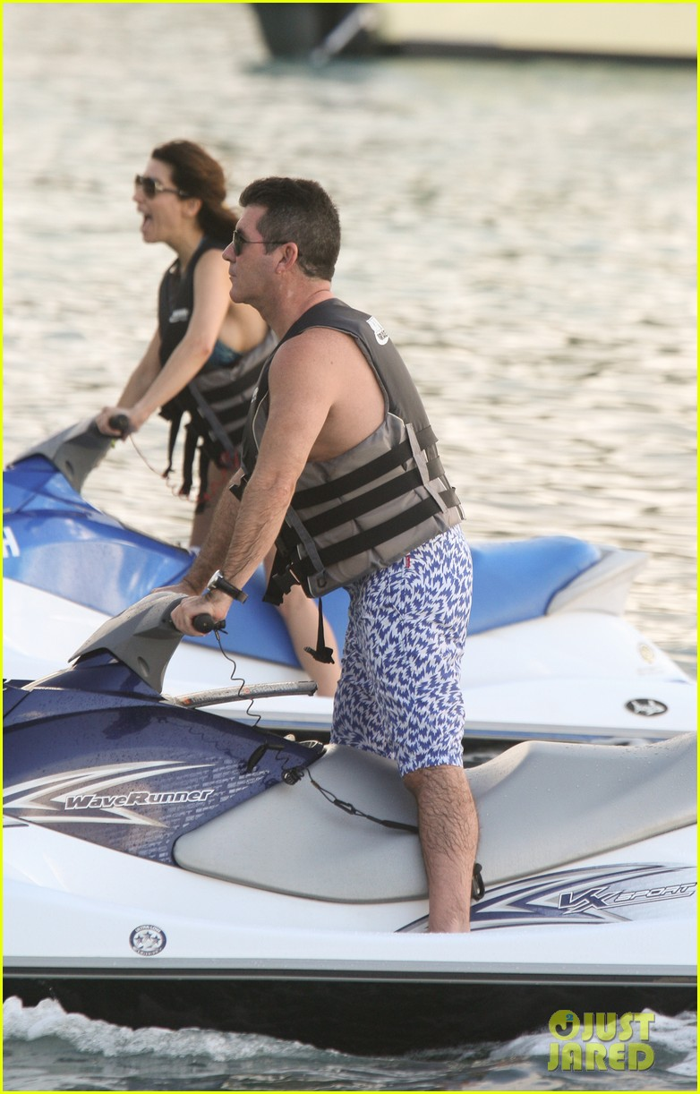 simon cowell jet skiing with former fiancee mezhgan hussainy 012781523