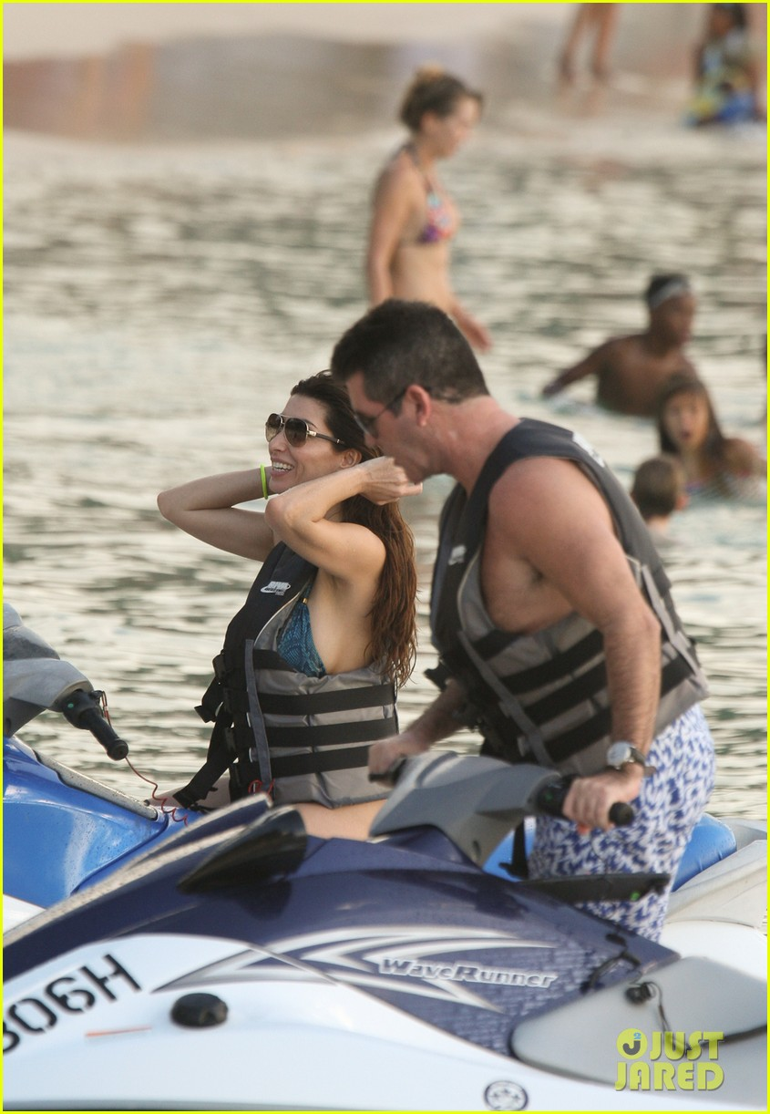 simon cowell jet skiing with former fiancee mezhgan hussainy 132781535