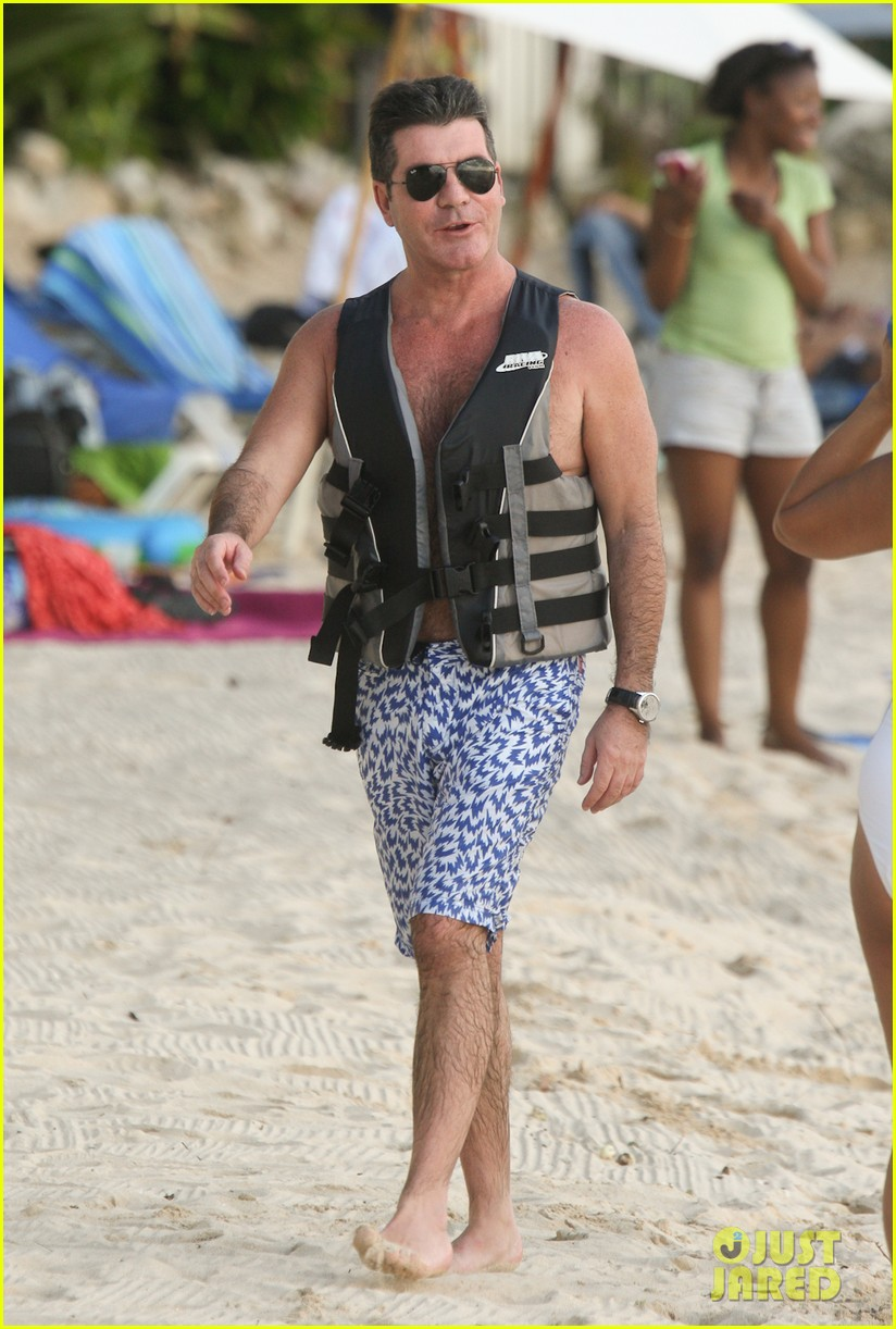 simon cowell jet skiing with former fiancee mezhgan hussainy 152781537