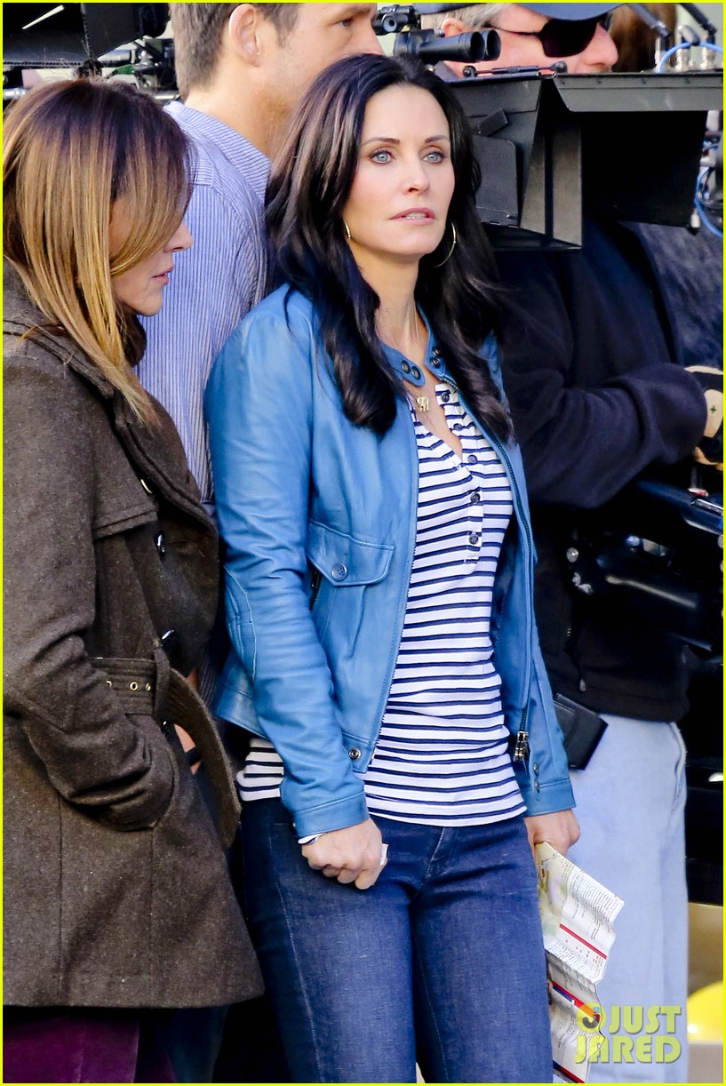 courteney cox back to work on cougar town 042778792