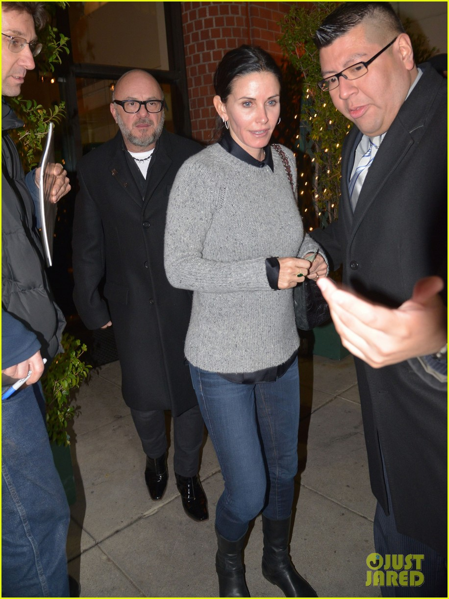 courteney cox back to work on cougar town 082778796