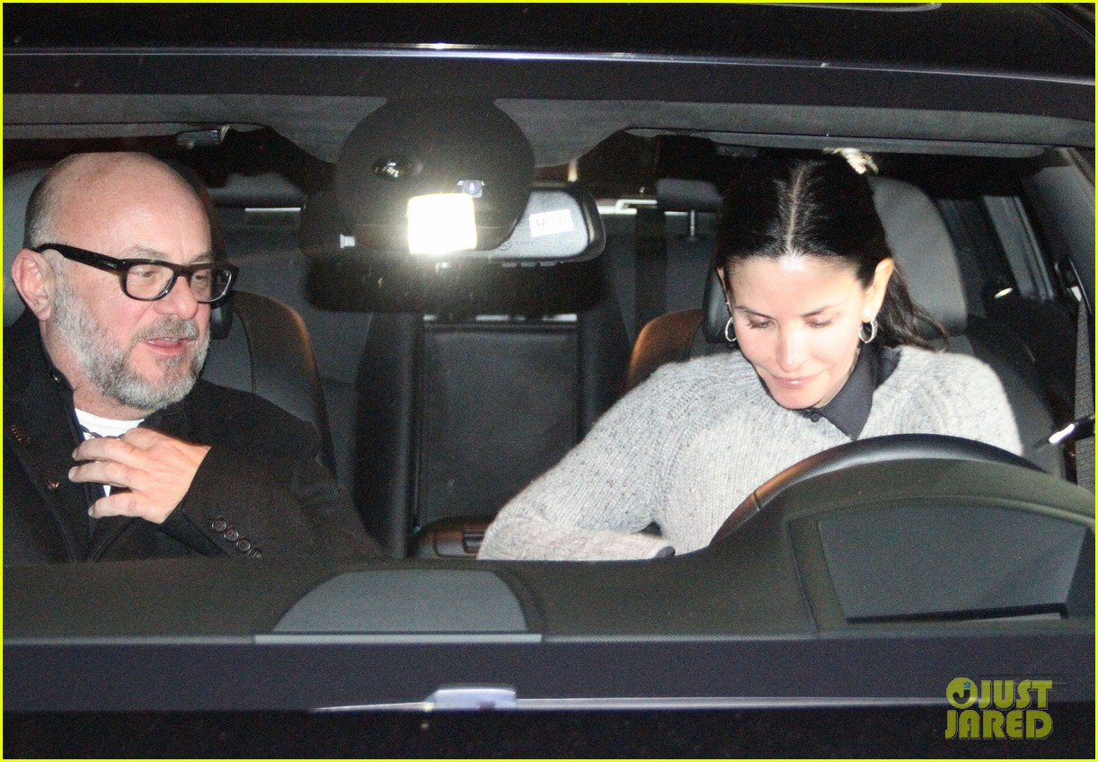 courteney cox back to work on cougar town 142778802