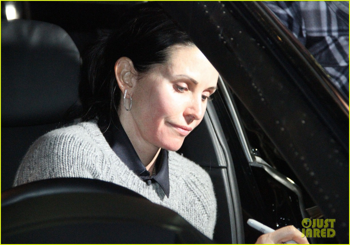 courteney cox back to work on cougar town 152778803