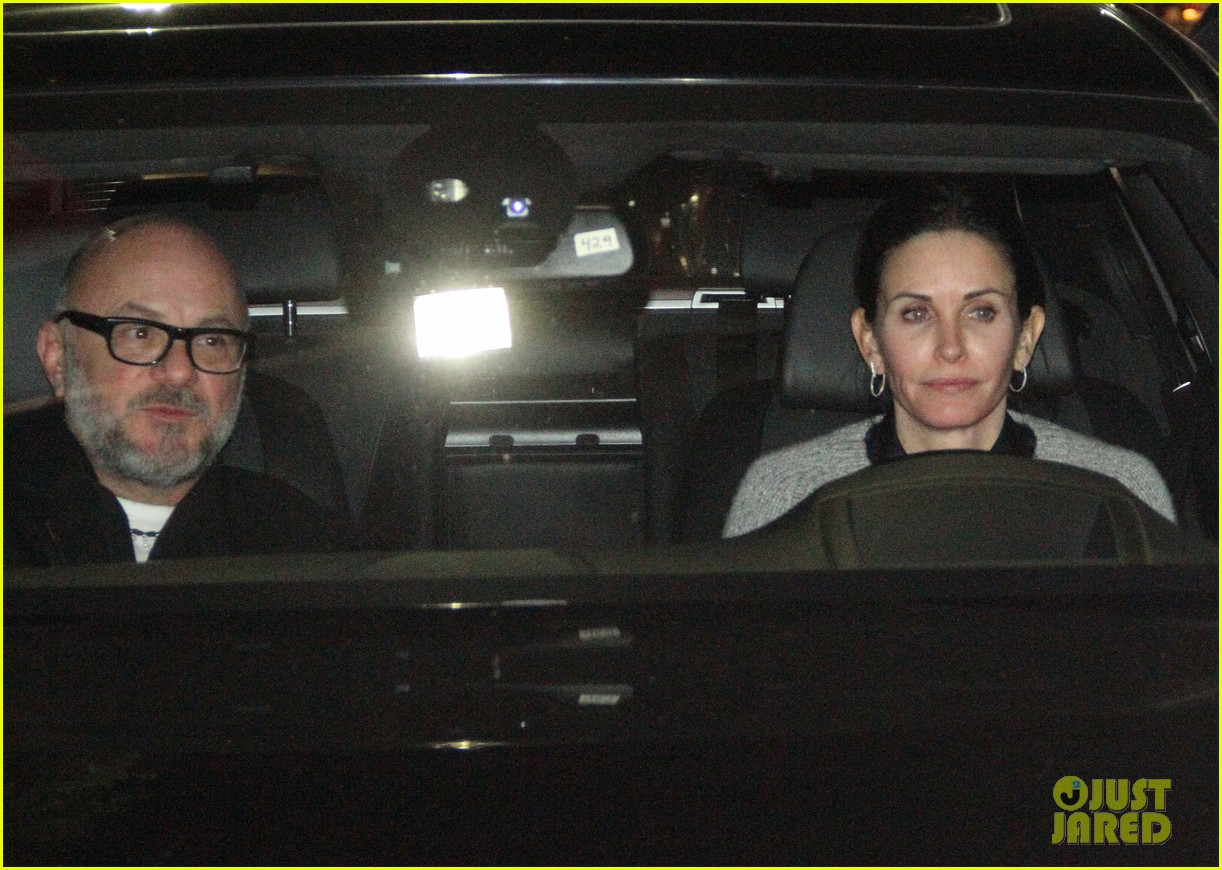 courteney cox back to work on cougar town 162778804