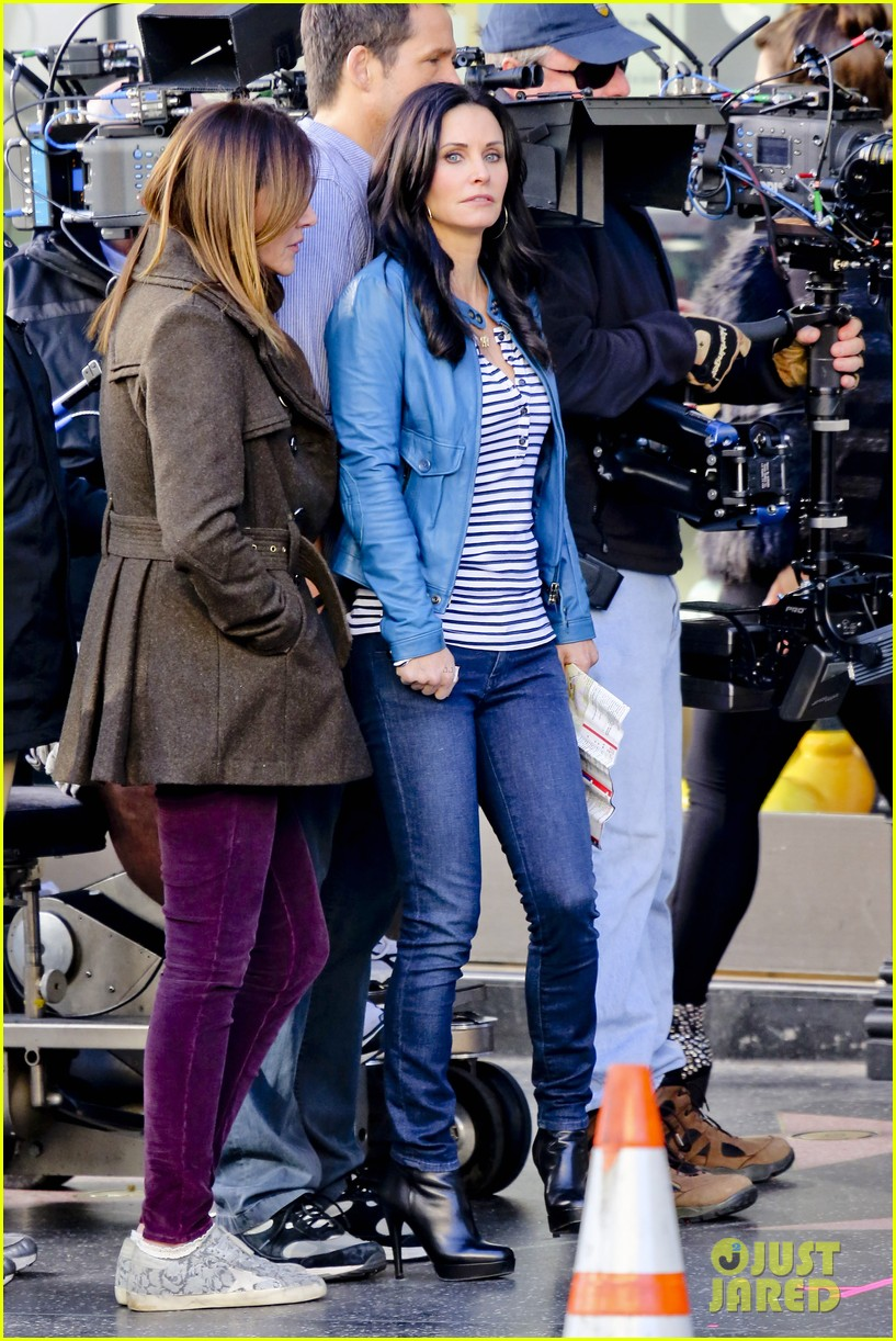 courteney cox back to work on cougar town 252778813