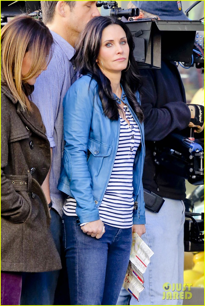 courteney cox back to work on cougar town 282778816