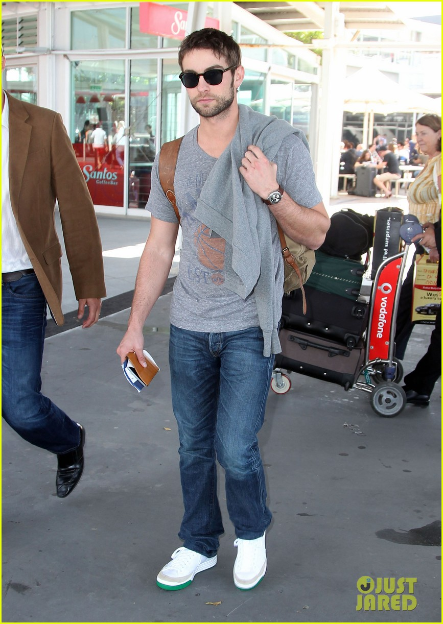 chace crawford heads to australia for new years 012781550