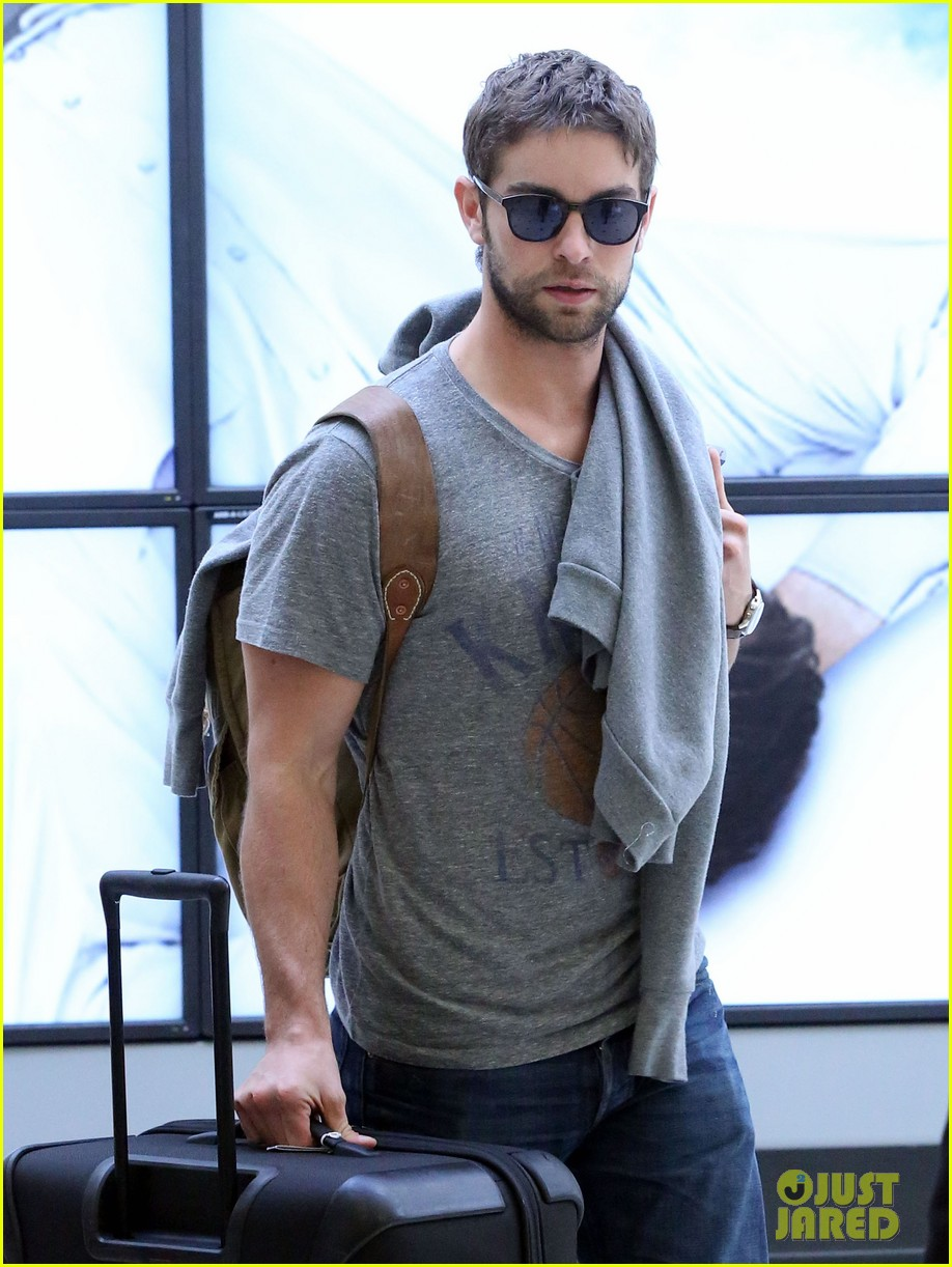 chace crawford heads to australia for new years 022781551