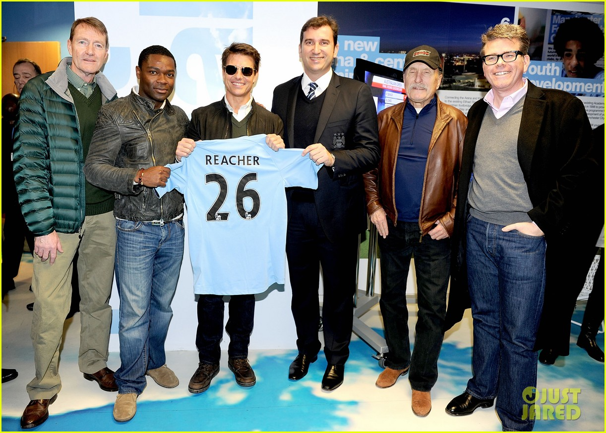 tom cruise jack reacher promotion at the manchester derby 032772405