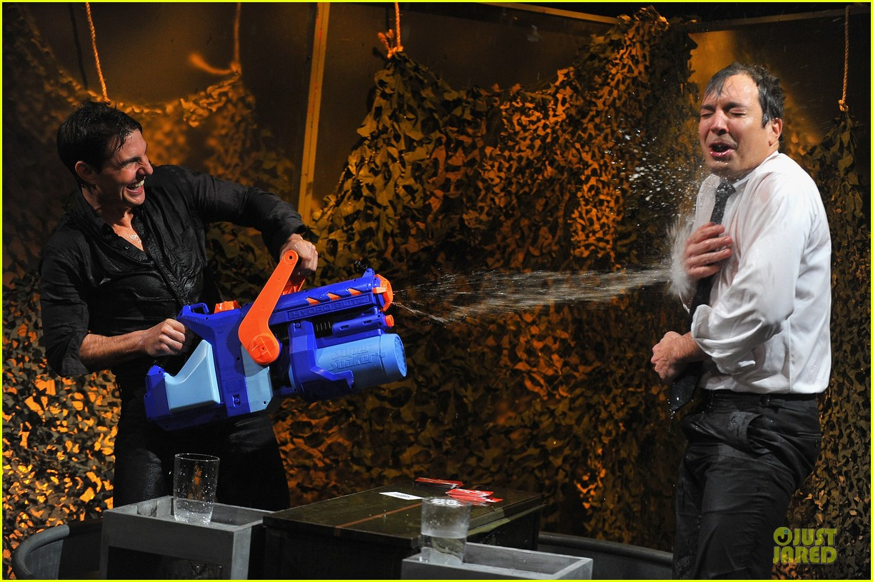 tom cruise water war with jimmy fallon 062778081