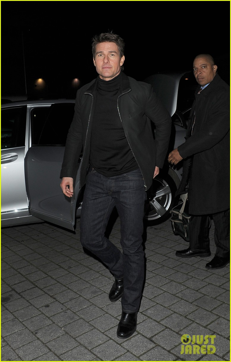 tom cruise spending christmas with kids 022773605