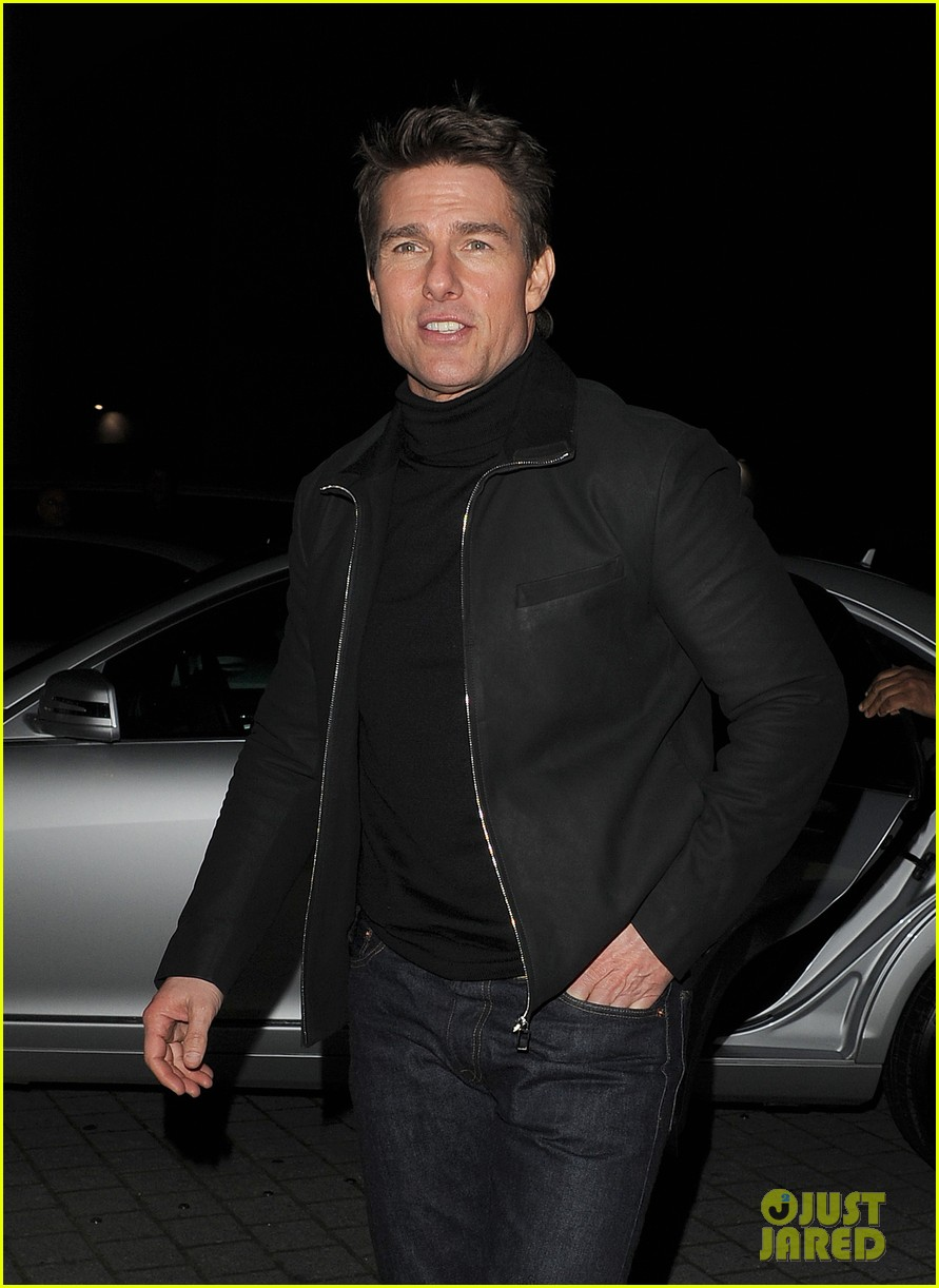 tom cruise spending christmas with kids 102773613