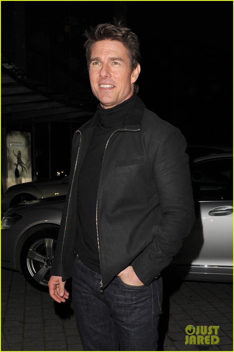 tom cruise spending christmas with kids 202773623