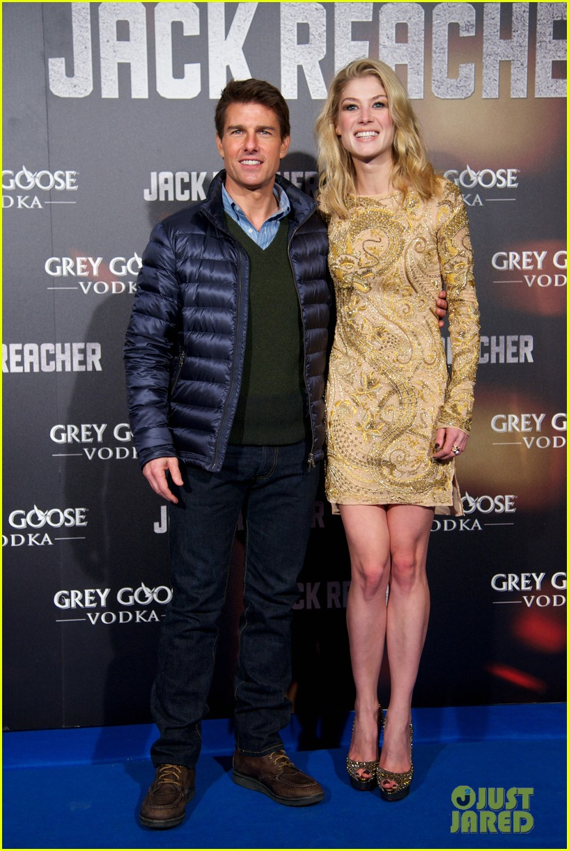 tom cruise rosamund pike jack reacher madrid premiere 032775462