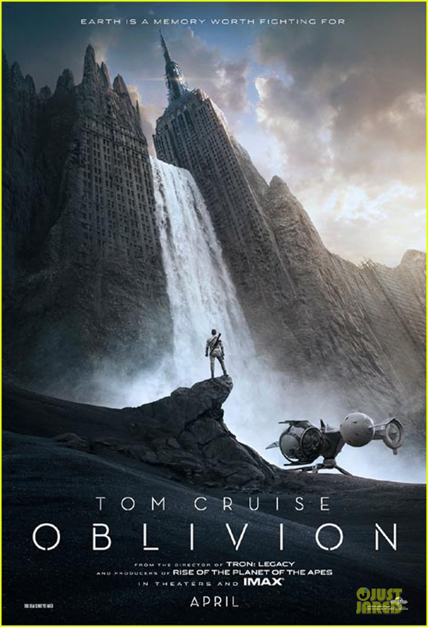 tom cruise newly released oblivion poster 052771761
