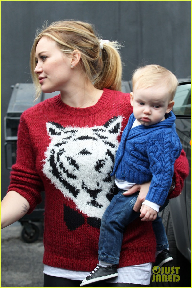 hilary duff babys first class with luca 302775345