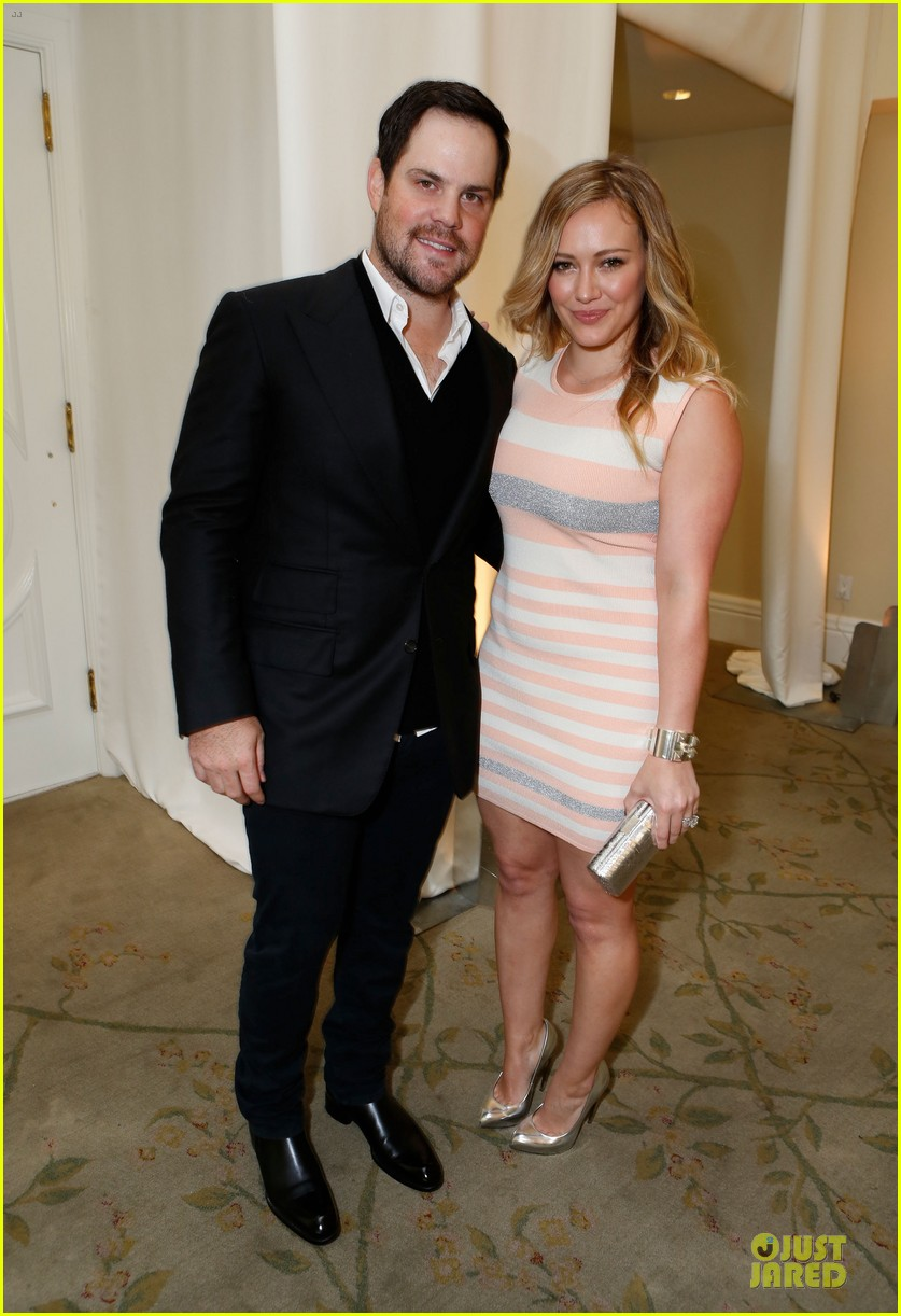hilary duff mike comrie march of dimes 2012 032771444