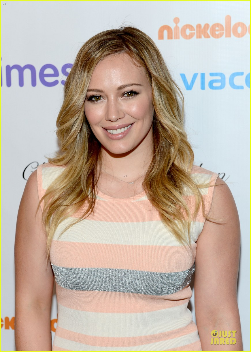 hilary duff mike comrie march of dimes 2012 062771447