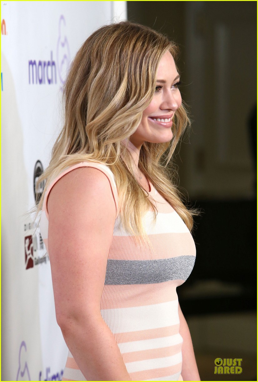 hilary duff mike comrie march of dimes 2012 182771459