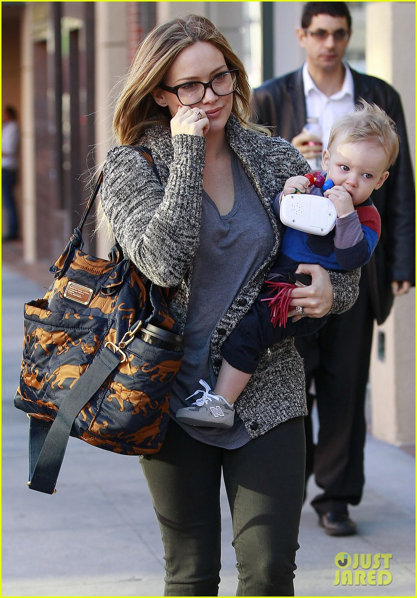 hilary duff doctors appointment with baby luca 032779177