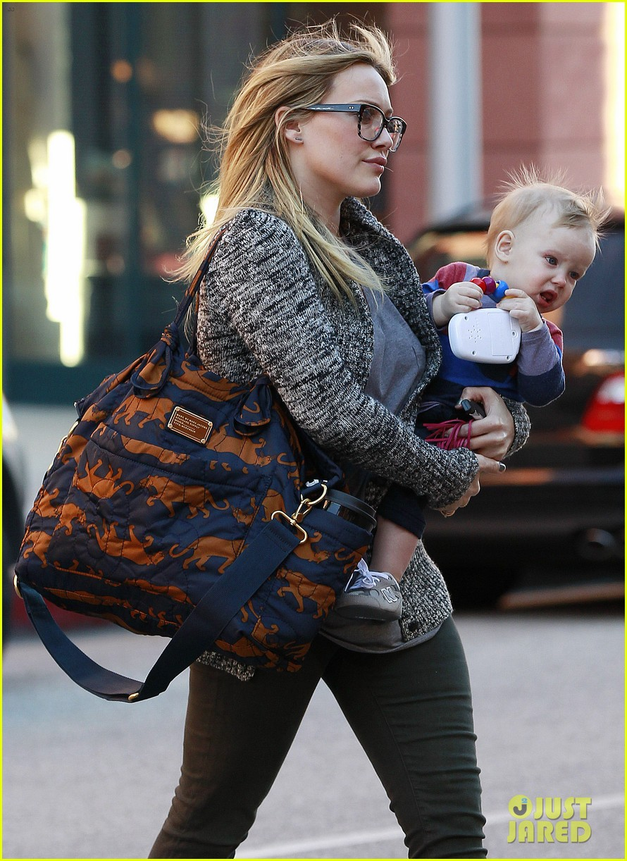 hilary duff doctors appointment with baby luca 042779178