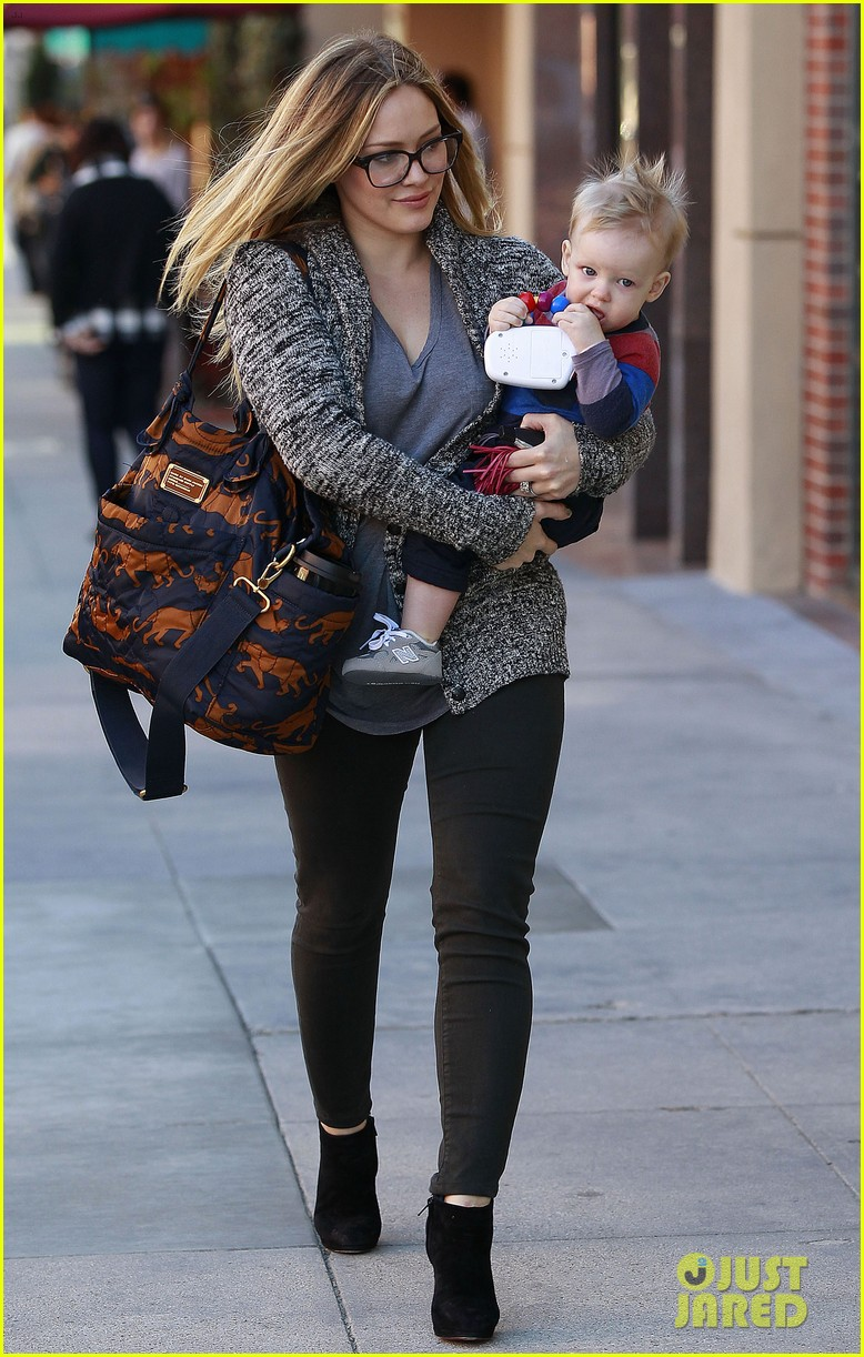hilary duff doctors appointment with baby luca 06