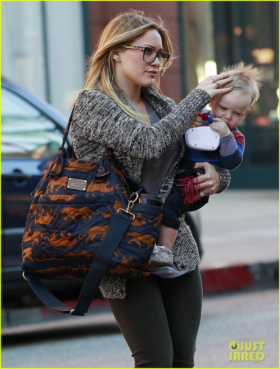 hilary duff doctors appointment with baby luca 082779182