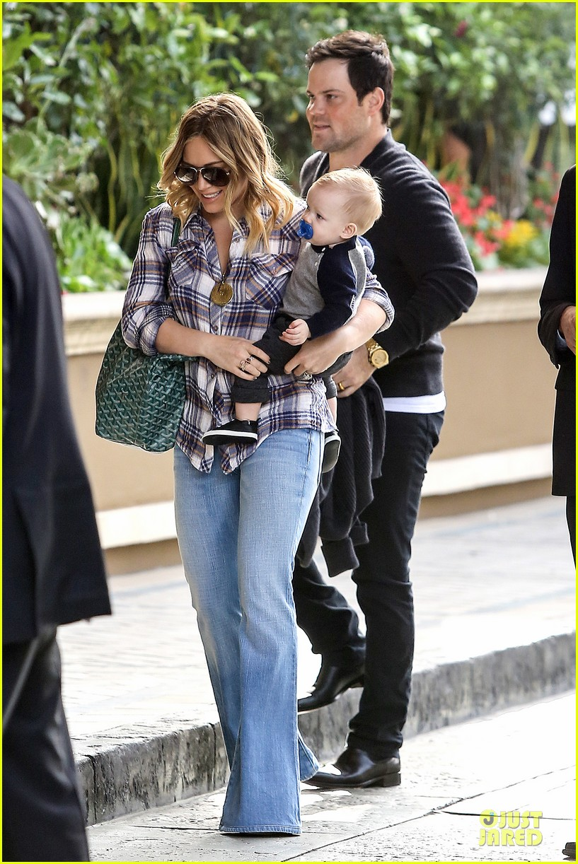 hilary duff matching outfit for lunch 012772672
