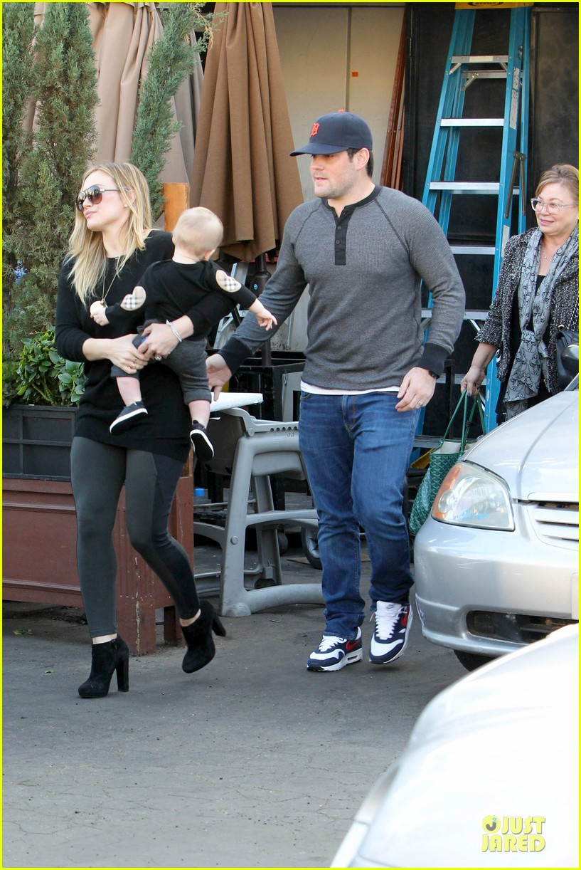 hilary duff matching outfit for lunch 172772688
