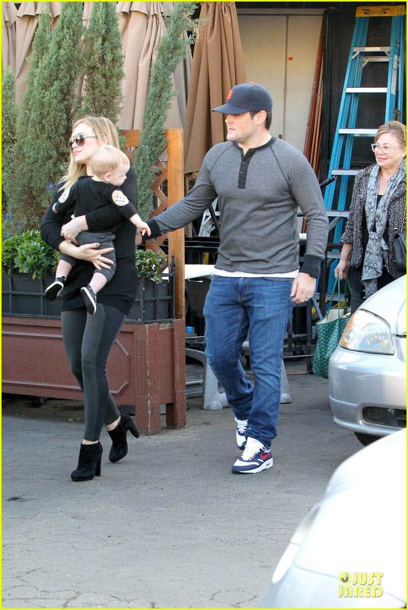 hilary duff matching outfit for lunch 182772689