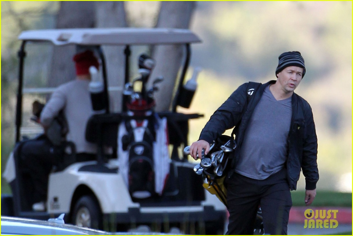 josh duhamel christmas eve golfing 152780895