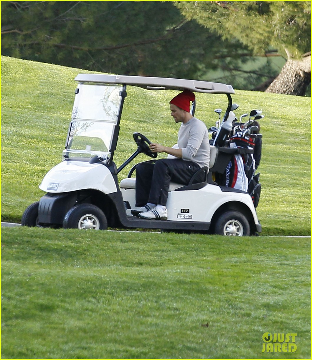 josh duhamel christmas eve golfing 202780900