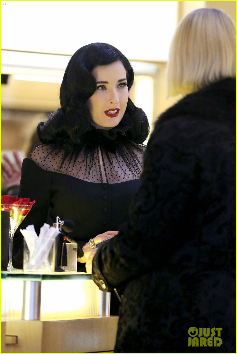 dita von teese rouge perfume launch 092776653