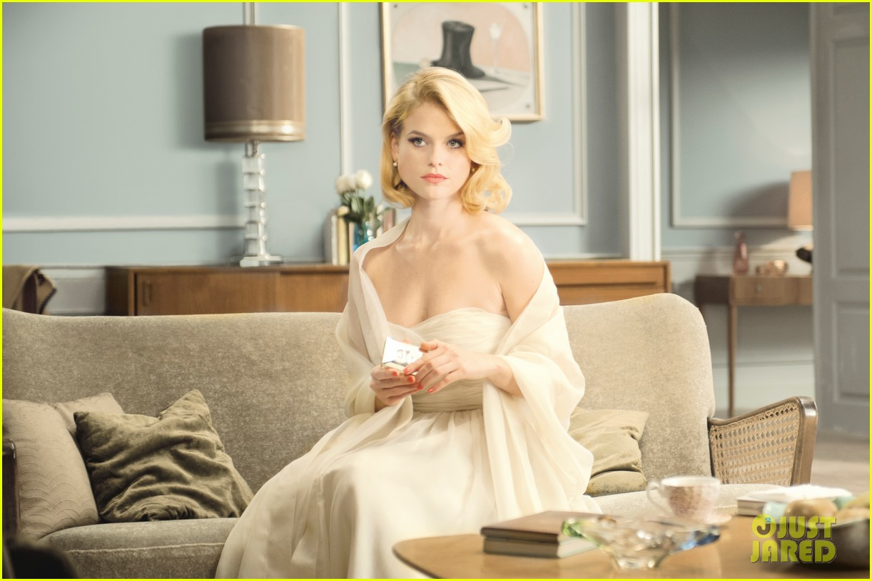 alice eve stella artois holiday video 032772262
