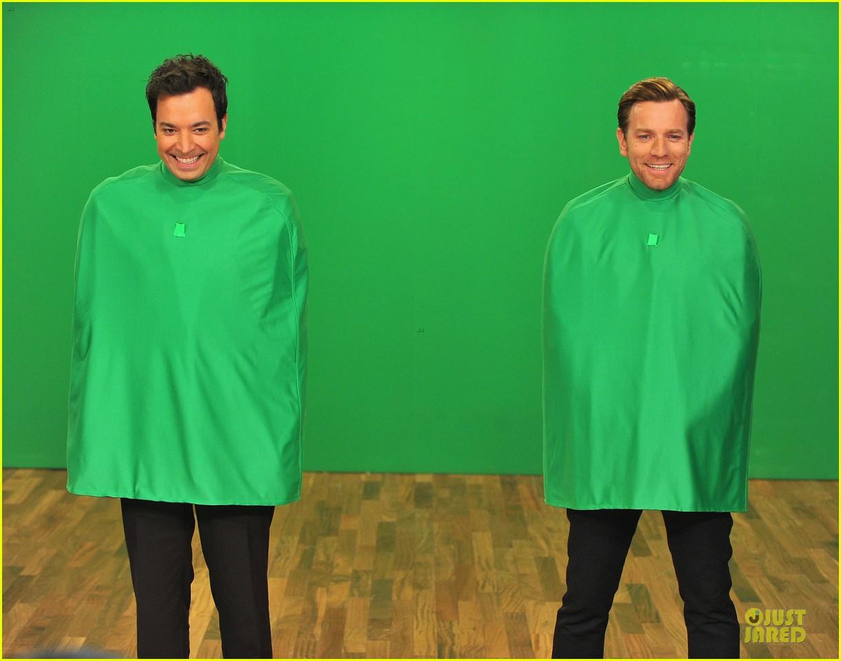 ewan mcgregor green screen fun with jimmy fallon 112777539