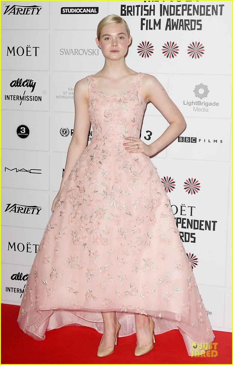 elle fanning & felicity jones british independent film awards 2012 082772532