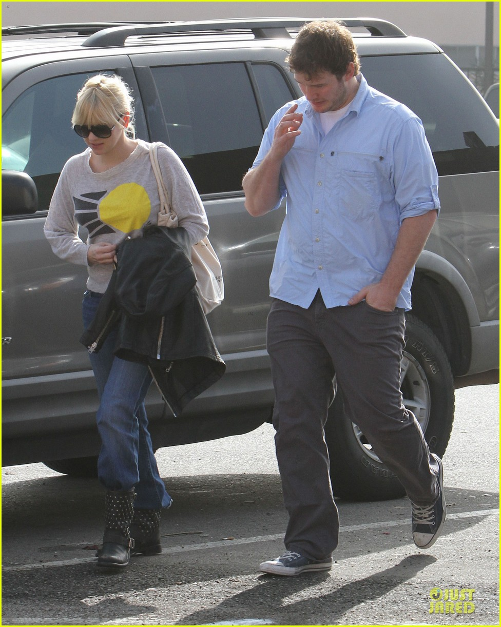 anna faris & chris pratt rite aide shopping couple 07