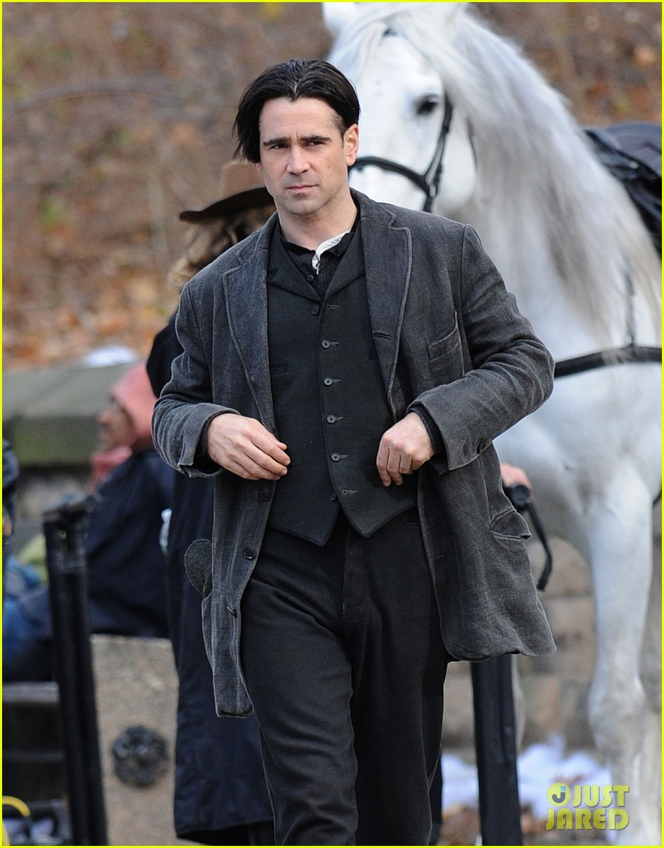 colin farrell horseback riding 012770567