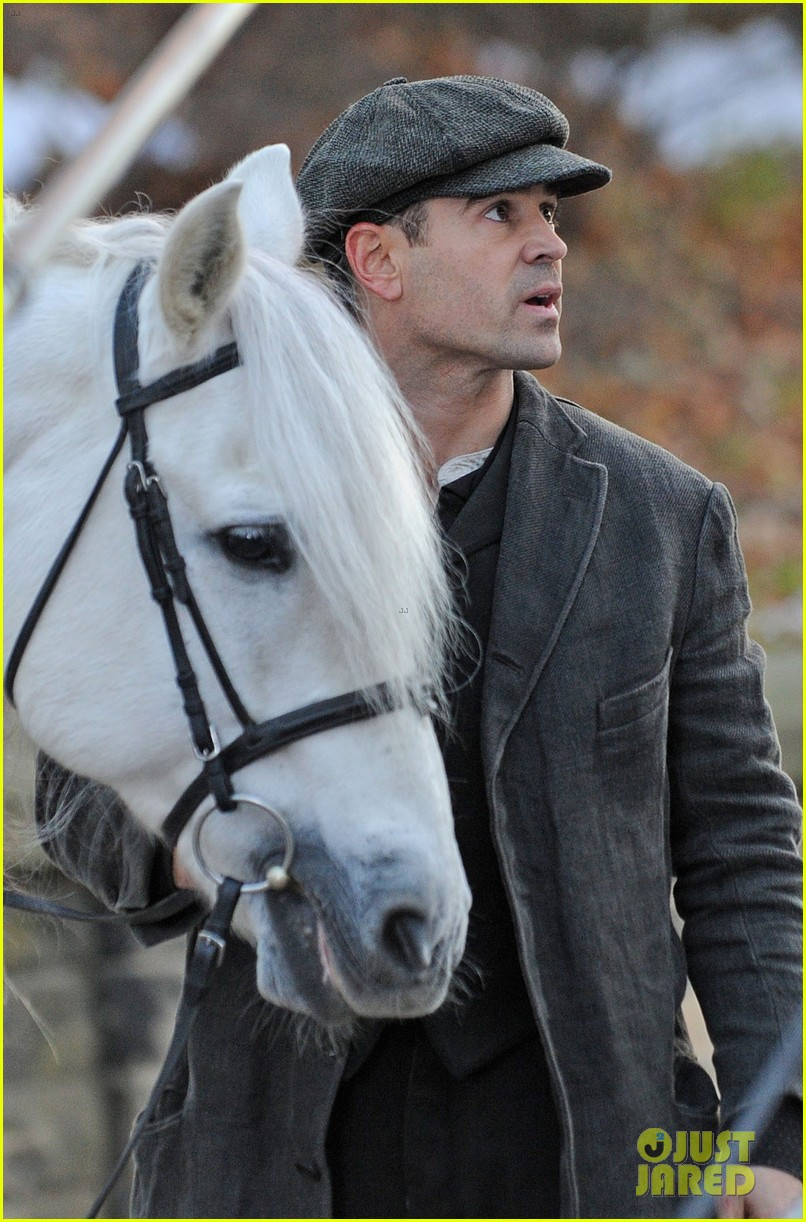 colin farrell horseback riding 032770569