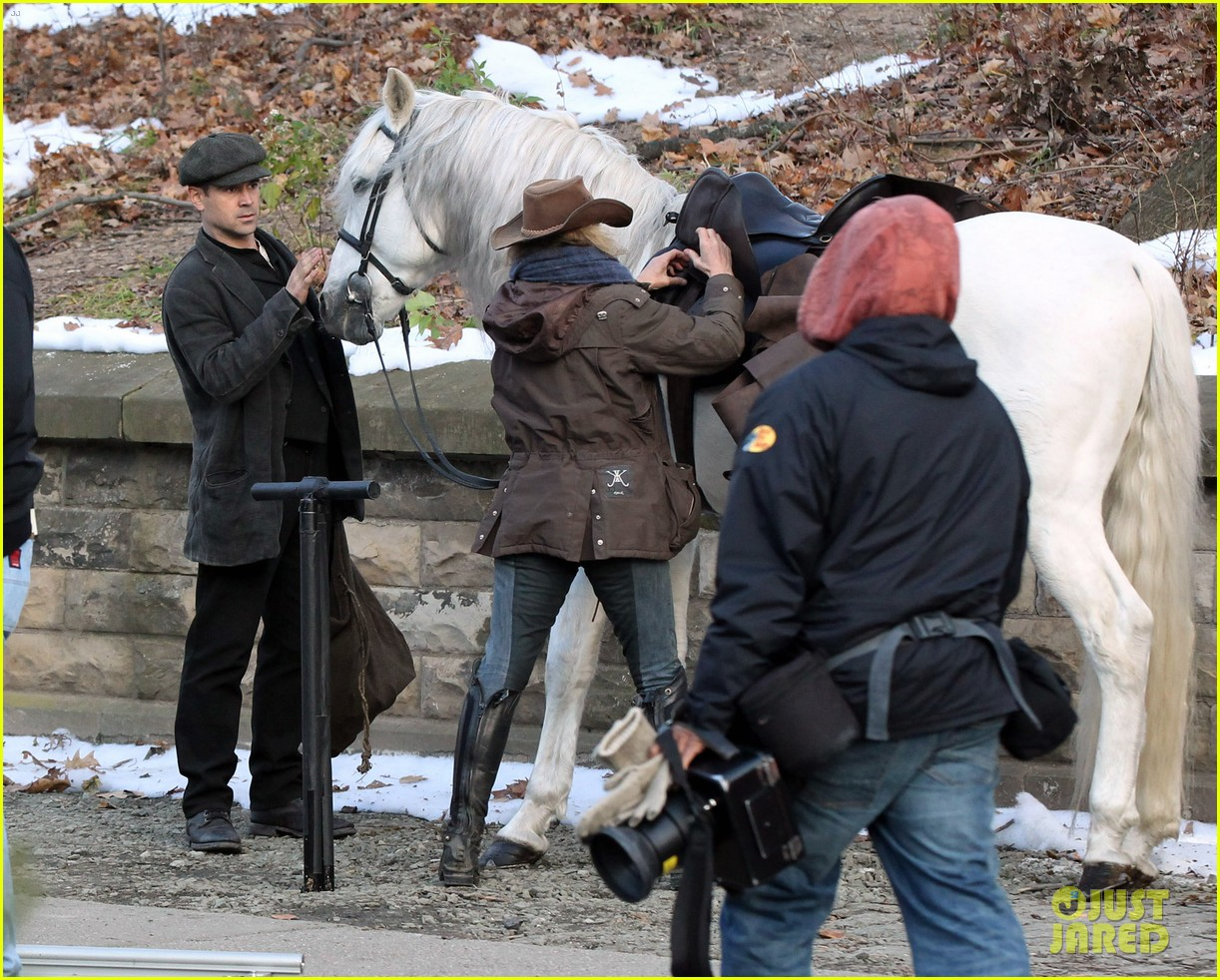 colin farrell horseback riding 092770575