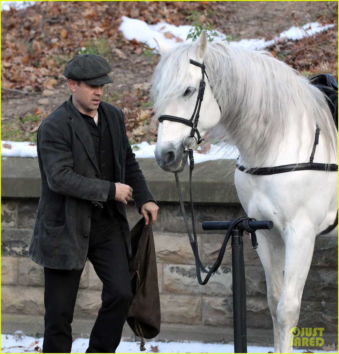 colin farrell horseback riding 15
