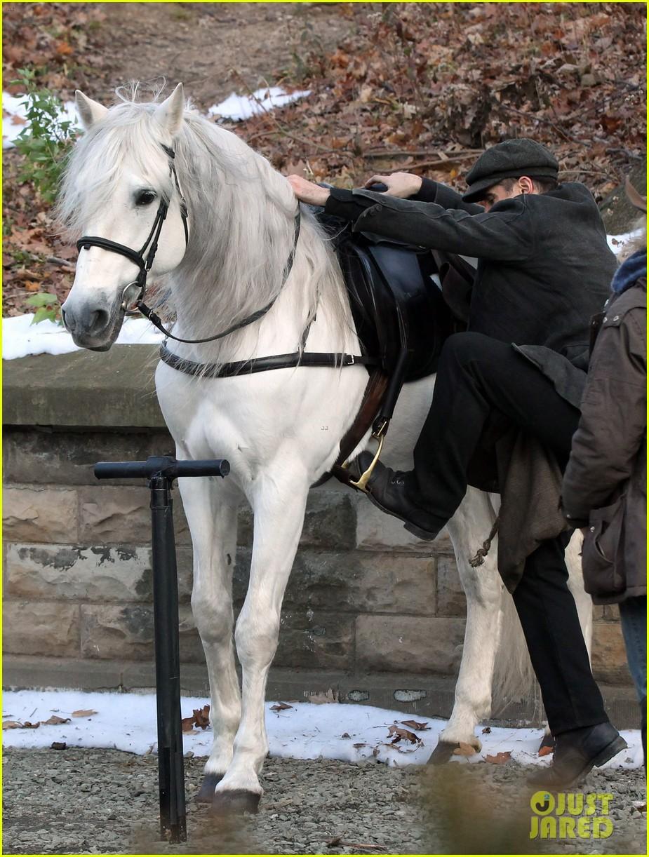 colin farrell horseback riding 182770584