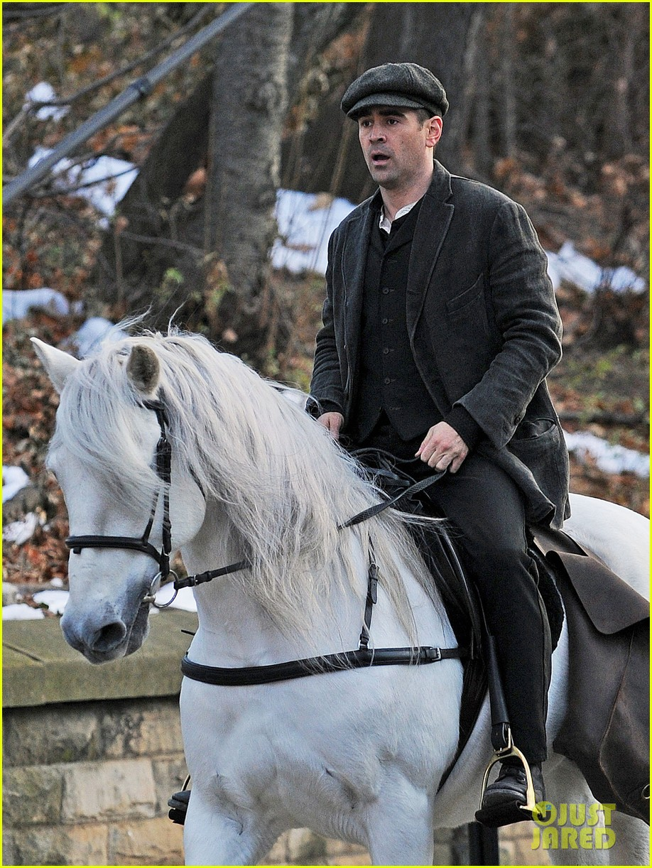 colin farrell horseback riding 252770591