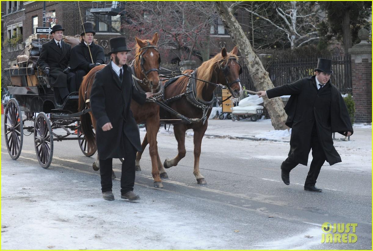 colin farrell horseback riding 282770594