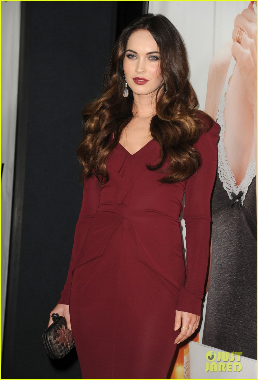 megan fox this is 40 premiere paul rudd 21